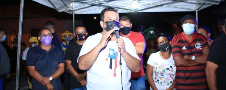 Em Caxias, deputado Adelmo Soares entrega obra de pavimentação da Rua Edson Vidigal