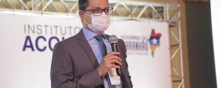 Carlos Lula aponta preocupação com escassez de vacinas após ataque de Bolsonaro à China
