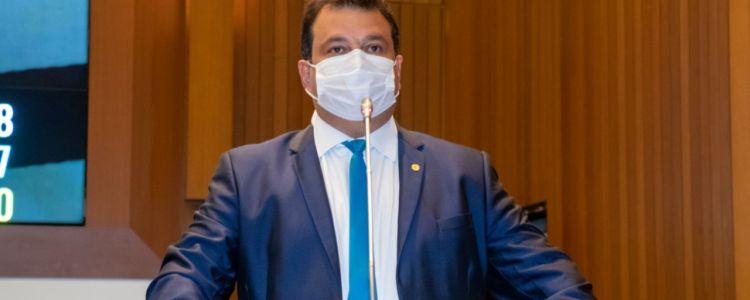 Disque Denúncia contra maus tratos e abandono de animais é aprovado pela Alema. PL é de autoria do deputado Adelmo Soares