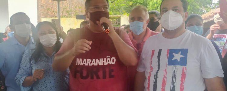 Flávio Dino e Adelmo Soares combatem fake news da urina preta com agenda popular em Matinha